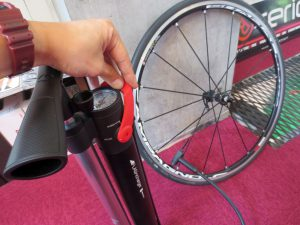 BONTRAGER_TLR FLASH_CHARGER (6)