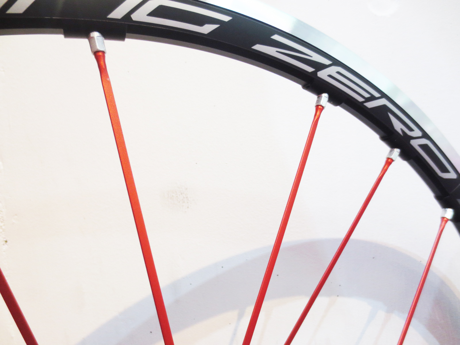 RACING_ZERO_RED_SPOKE_05