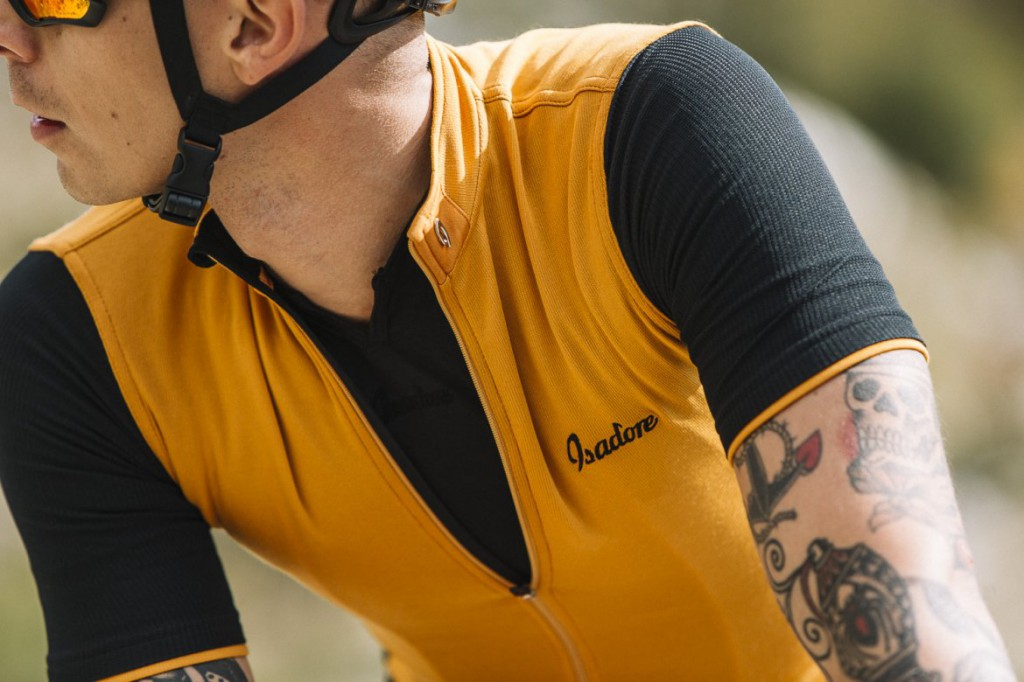 signature-cycling-jersey-golden-oak-black