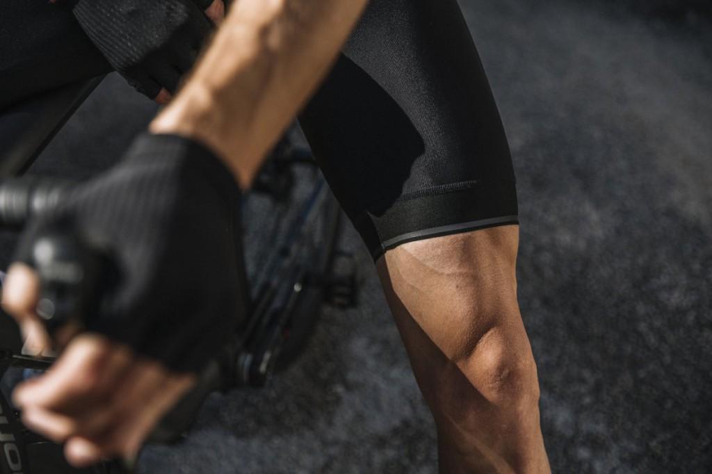 i7a3o7e-echelon-bib-shorts