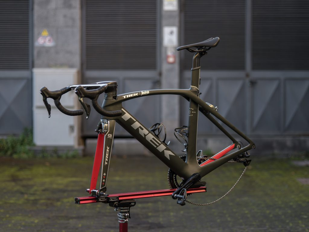 Chasin Aces Project One Madone 9