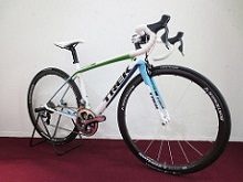 2013TREK_MADONE7_LeadOut